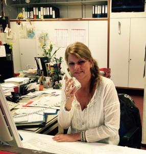 Das Sekretariat ist Unsere nette Sekretärin ist montags- freitags von 8.00 -14.00 Uhr besetzt. Sie erreichen Frau Kurth unter der folgenden Telefonnummer: 02203- 9920144