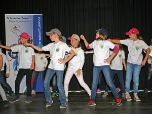04_Hans-Christian-Andersen Schule-mit-Be-happy